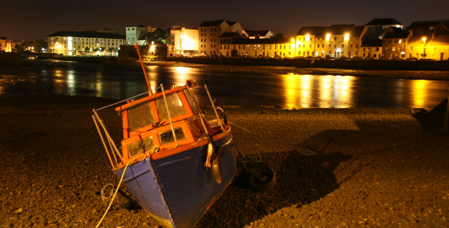 A-boat-at-the-harbour-in-Galway-city