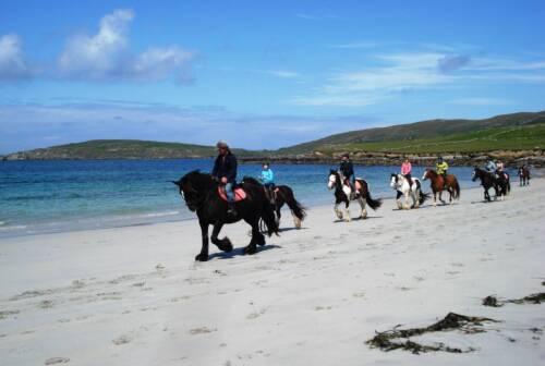 Beach-horse-riding